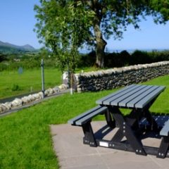 Plaswood recycled plastic benches Pant du Vineyard