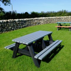 Plaswood recycled plastic benches project