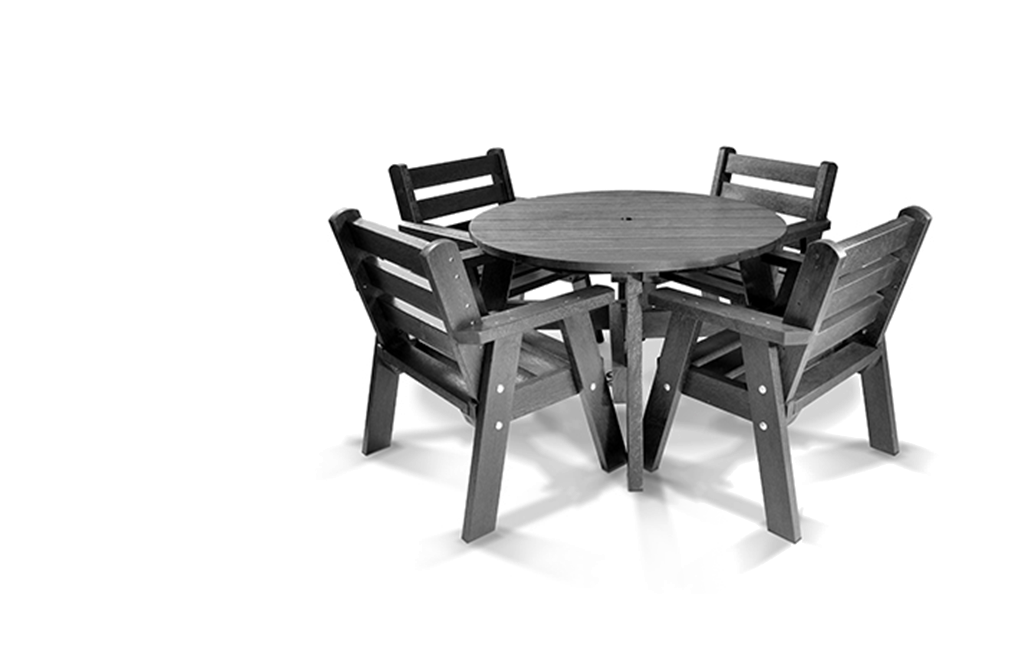 Recycled Plastic Table and Chair Set